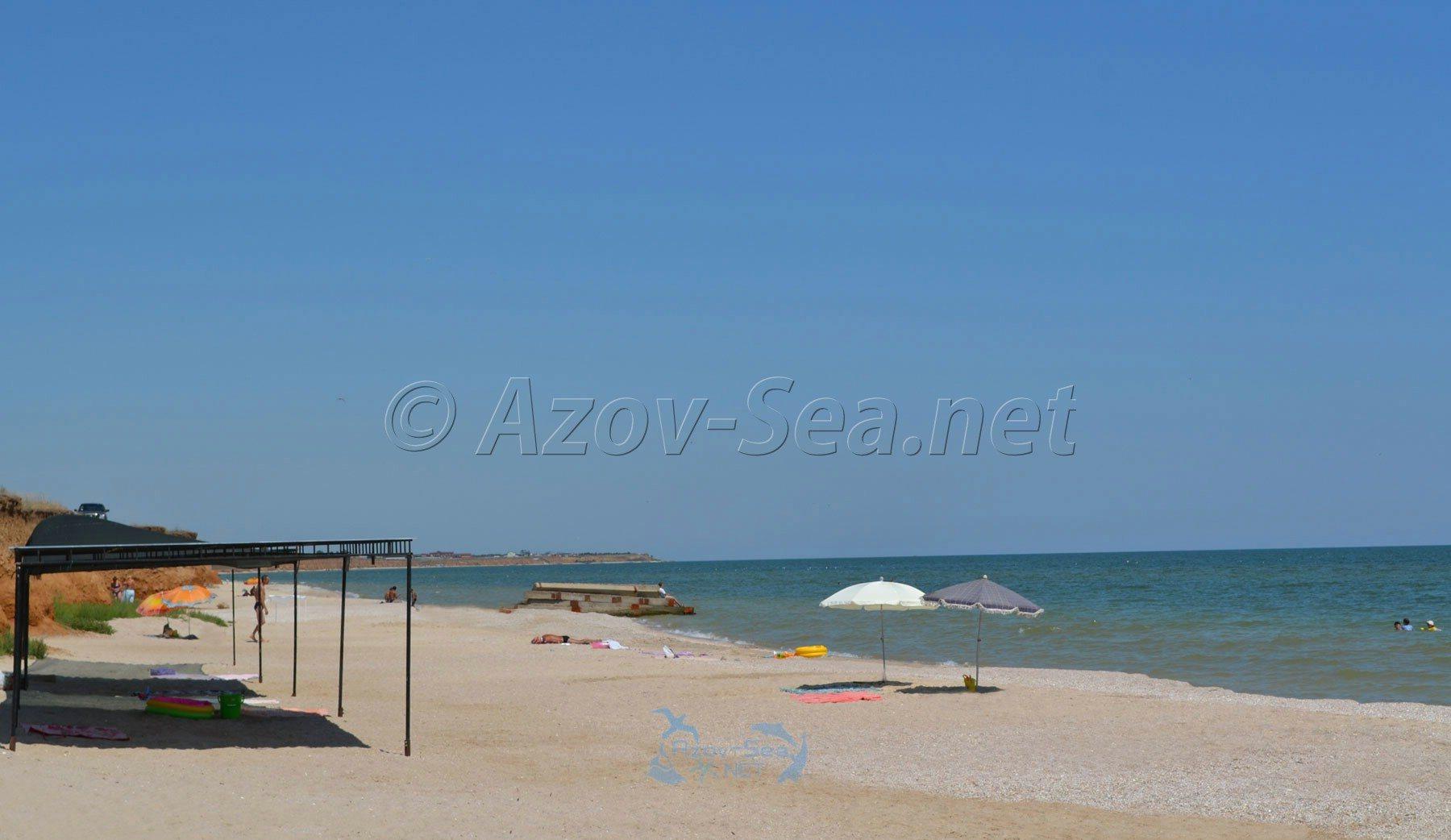 Азовское море. Пляж в Степановке.